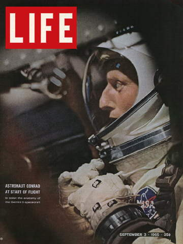 ASTRONAUT CHARLES CONRAD AT LIFT-OFF