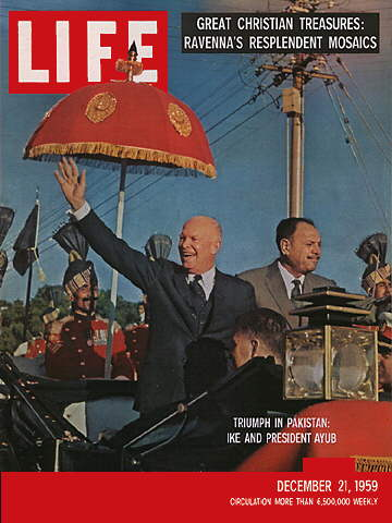 EISENHOWER IN PAKISTAN